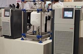 理想的化学反应釜温度控制系统